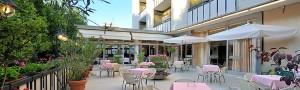 Tra gli hotel in Riviera Romagnola economici scegli Miramare et de la Ville