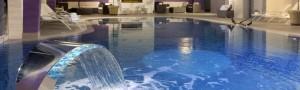 Una vacanza frizzante in hotel con piscina a Rimini? Scegli Hotel Touring